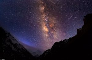 Anton Jankovoy: 'The photo of the Milky Way above the mountain range is in the Mardi Khola valley with the beautiful stars above it.