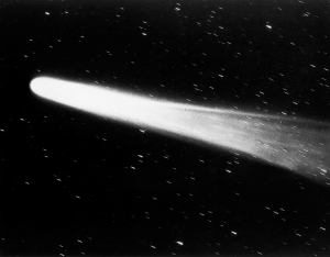 1910: Close view of Halley's comet streaking past stars in the night sky. (Photo by Lambert/Getty Images)